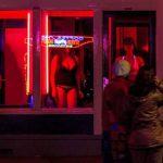 es legal la prostitución en España
